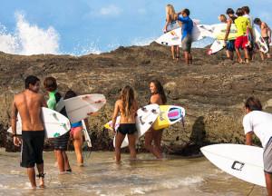 surfers-snapper-rocks-keyhole